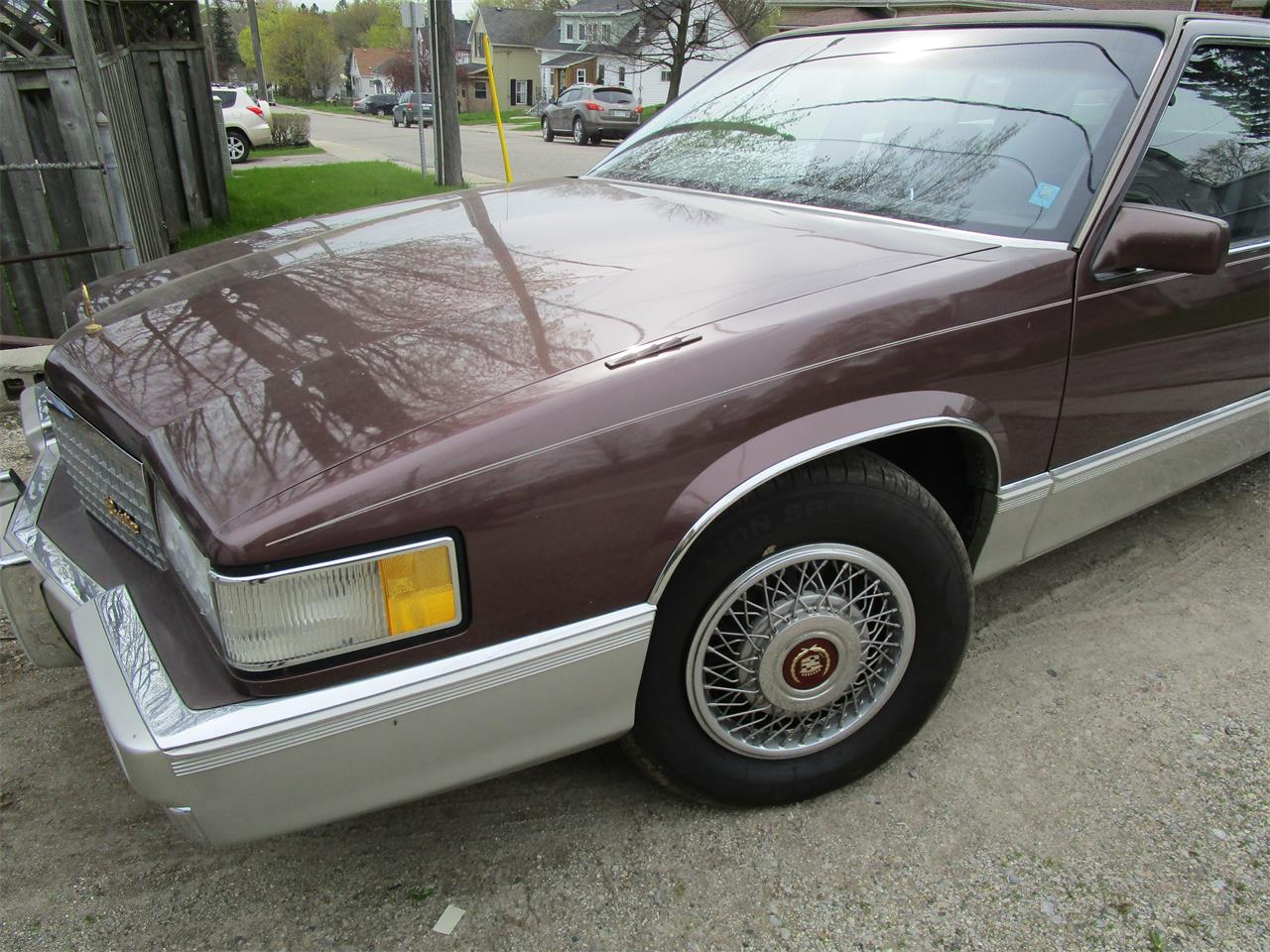 Large Picture of 1989 Cadillac Fleetwood Offered by a Private Seller - QE5O