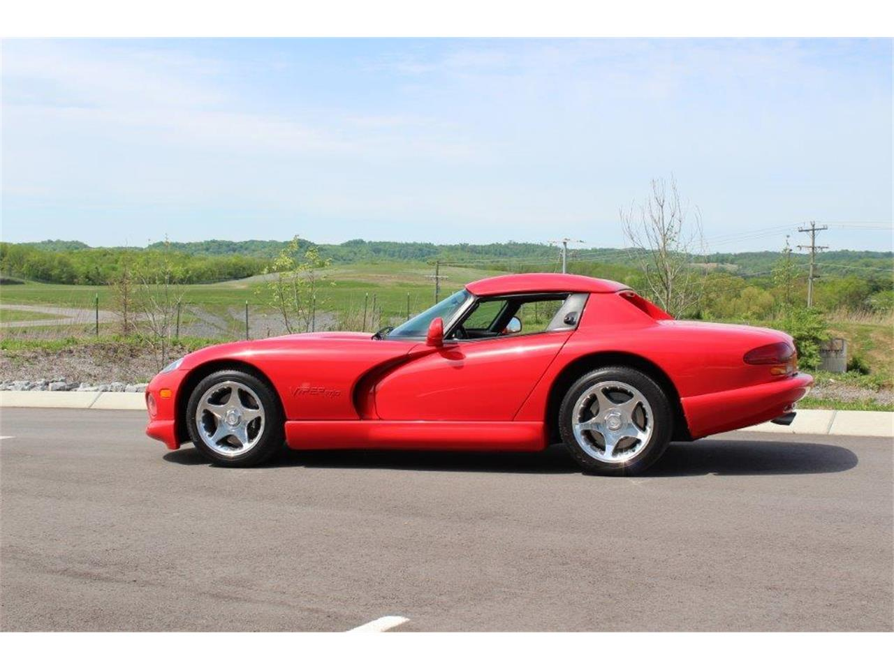 Large Picture of '98 Viper - QE5U