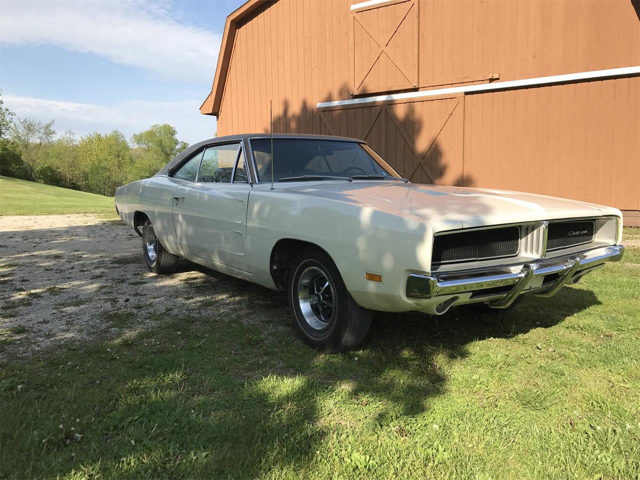 Large Picture of '69 Charger - QE6M