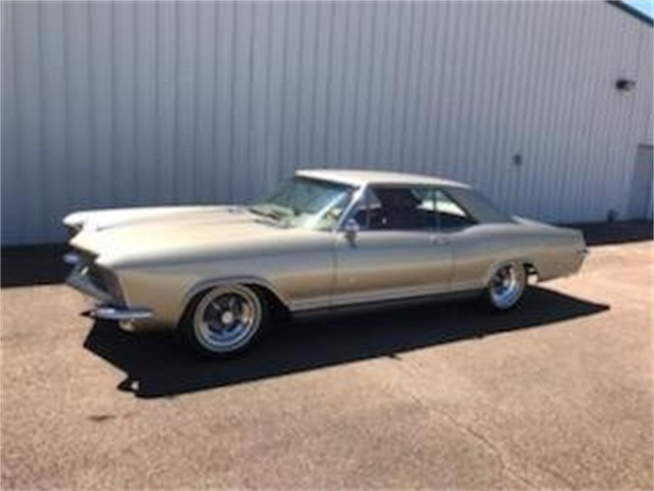 Large Picture of '65 Riviera located in North Carolina Auction Vehicle Offered by GAA Classic Cars Auctions - QD6R