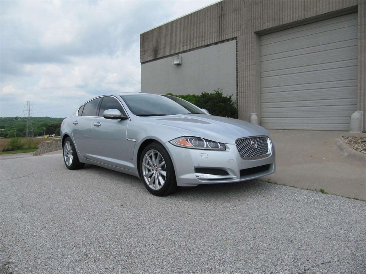 Large Picture of '15 Jaguar XF located in Omaha Nebraska - $23,900.00 Offered by Classic Auto Sales - QD33