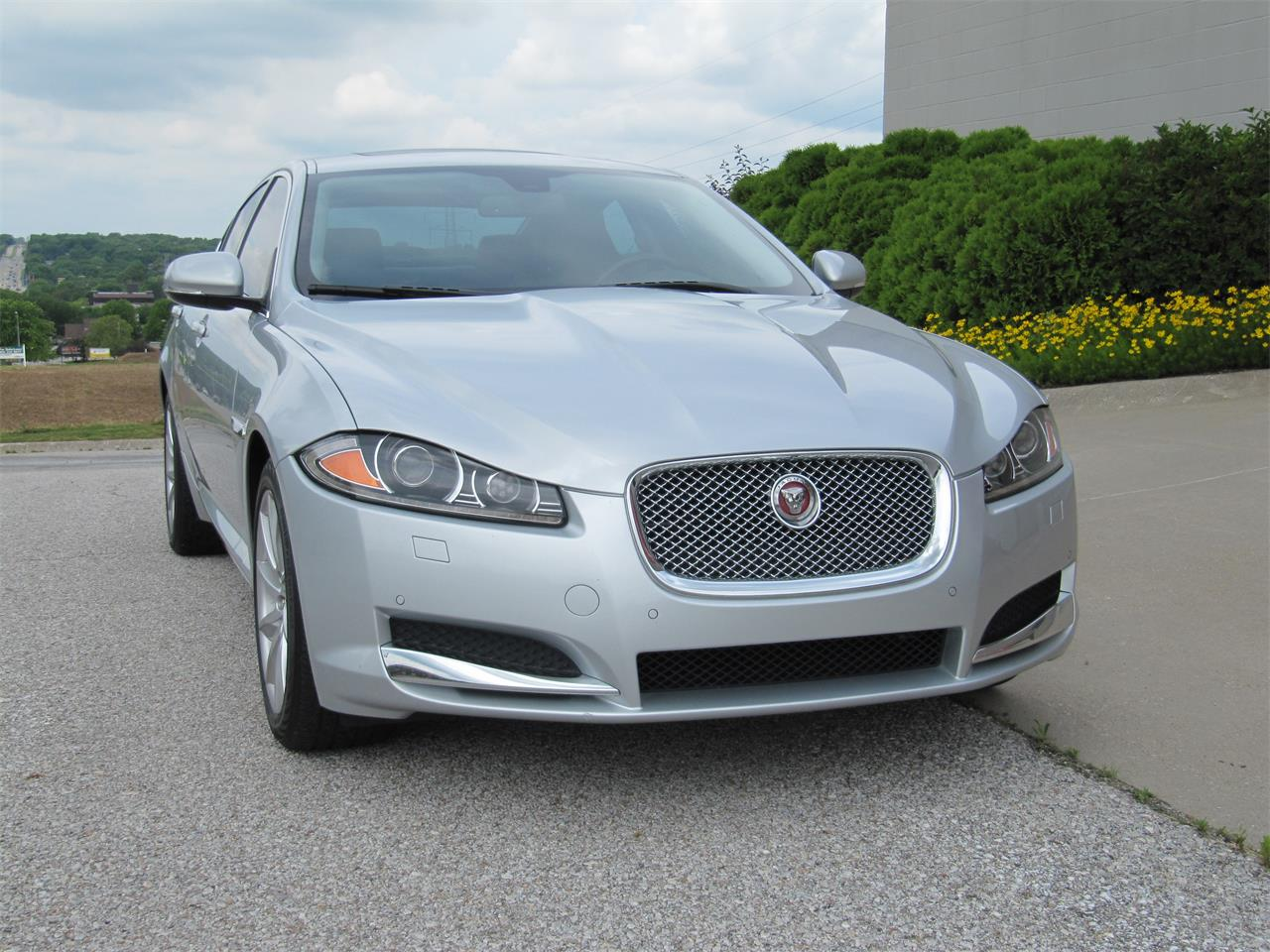 Large Picture of '15 XF located in Nebraska Offered by Classic Auto Sales - QD33