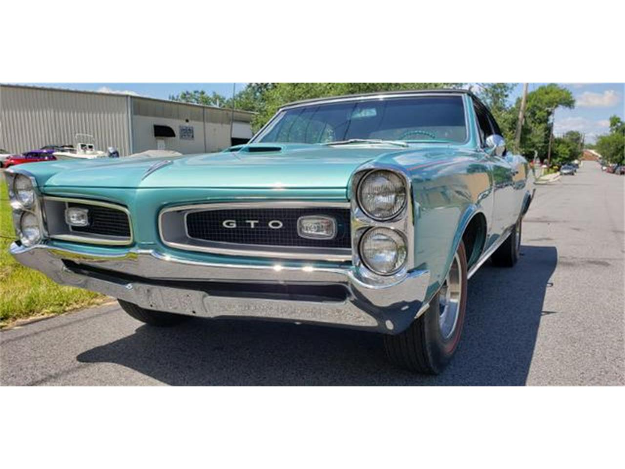 Large Picture of Classic '66 Pontiac GTO - QEBL