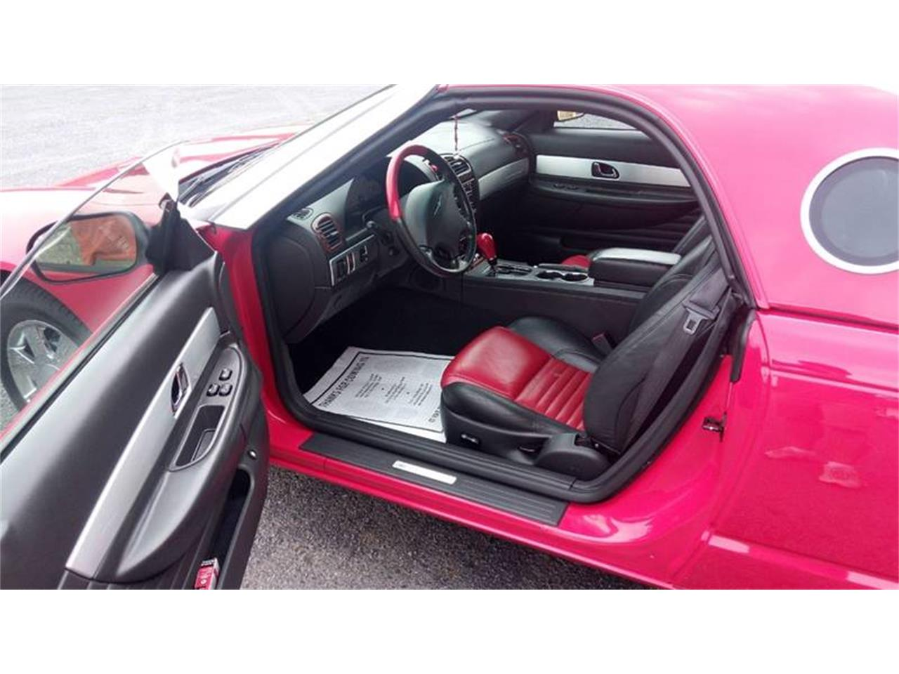 Large Picture of '02 Ford Thunderbird - QEBP