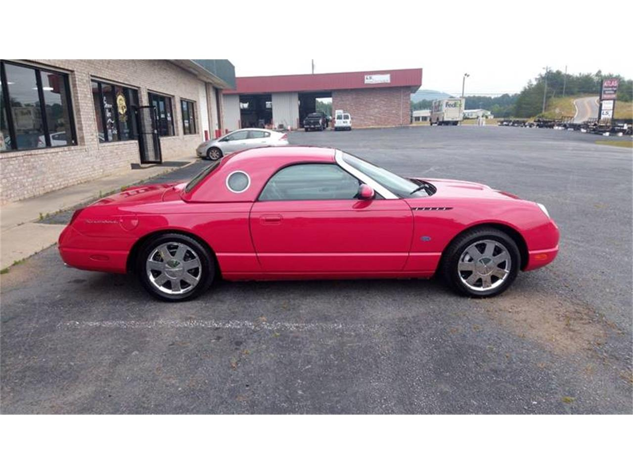 Large Picture of '02 Ford Thunderbird - $16,500.00 - QEBP