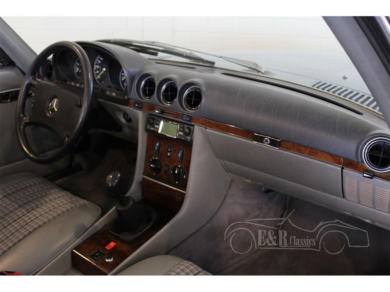 Large Picture of 1983 Mercedes-Benz 280SL located in Waalwijk noord brabant Offered by E & R Classics - QEBS