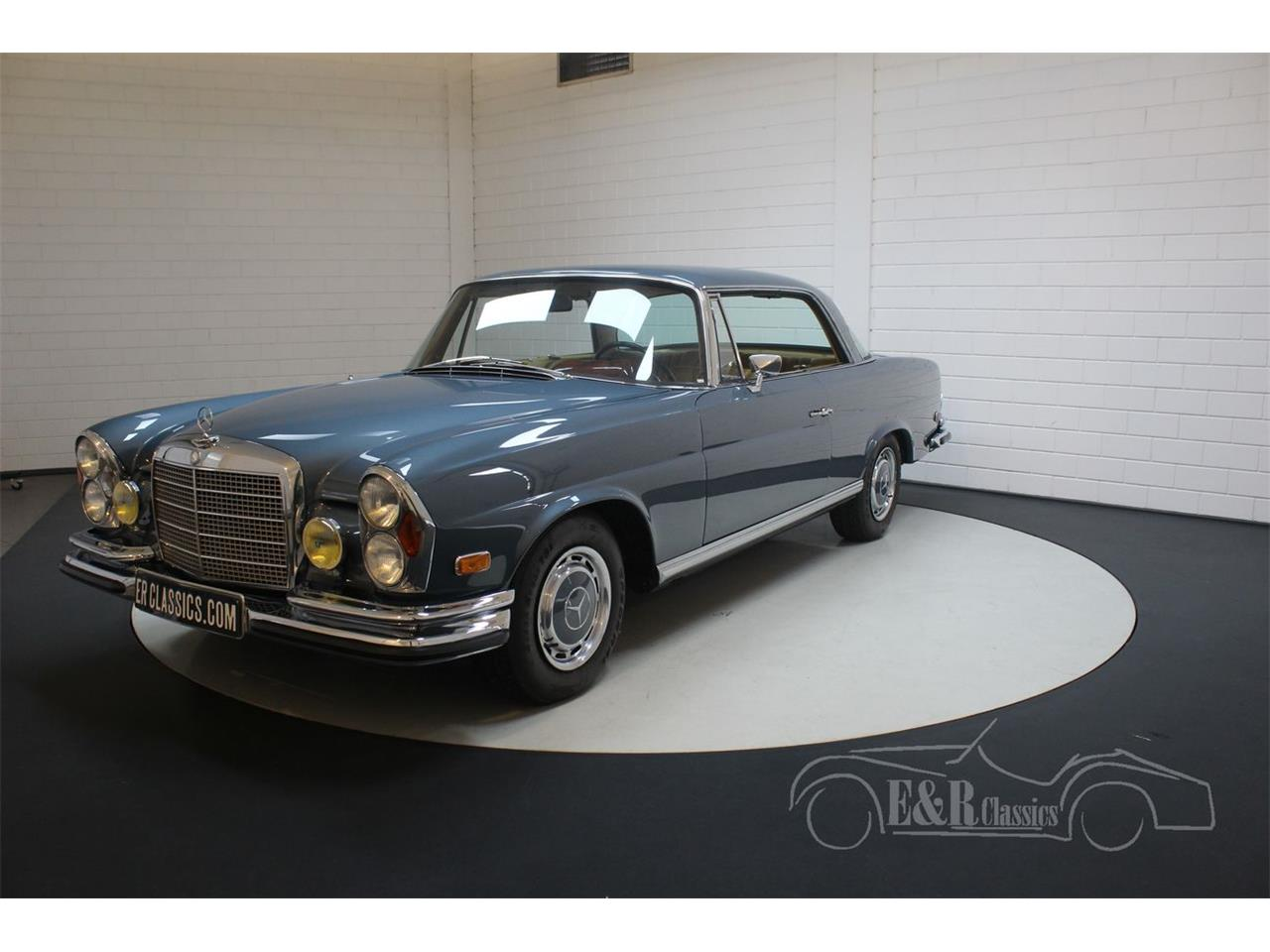 Large Picture of '71 Mercedes-Benz 280SE located in Noord-Brabant Offered by E & R Classics - QEBY