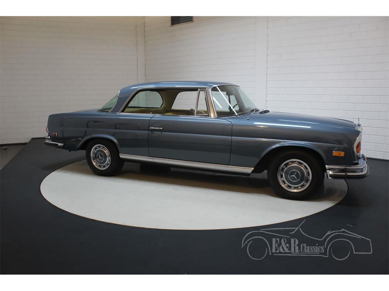 Large Picture of Classic 1971 Mercedes-Benz 280SE located in Noord-Brabant - $113,800.00 - QEBY