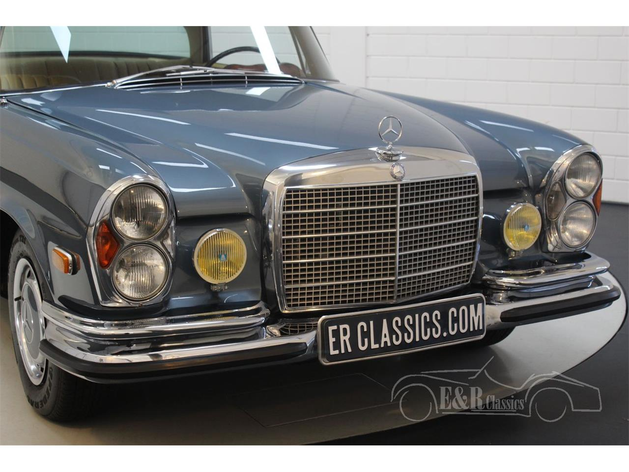 Large Picture of Classic '71 Mercedes-Benz 280SE located in Noord-Brabant - QEBY