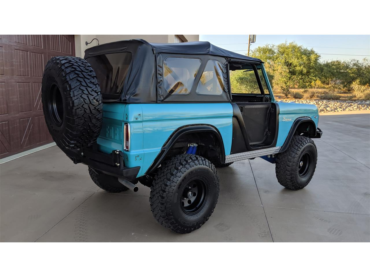 Large Picture of '67 Bronco - QEE2