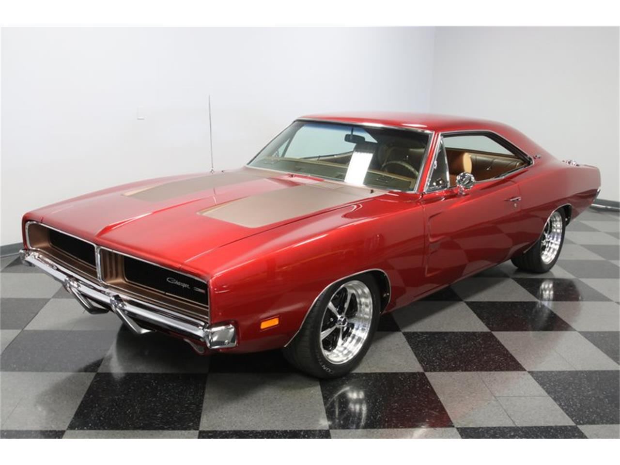 Large Picture of '69 Dodge Charger Offered by Streetside Classics - Charlotte - QEFP