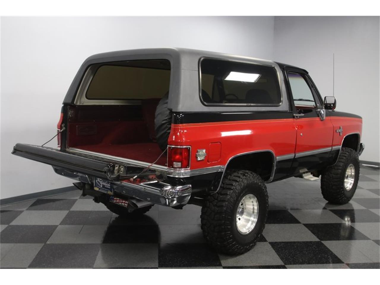 Large Picture of '88 Blazer located in North Carolina - QEFQ