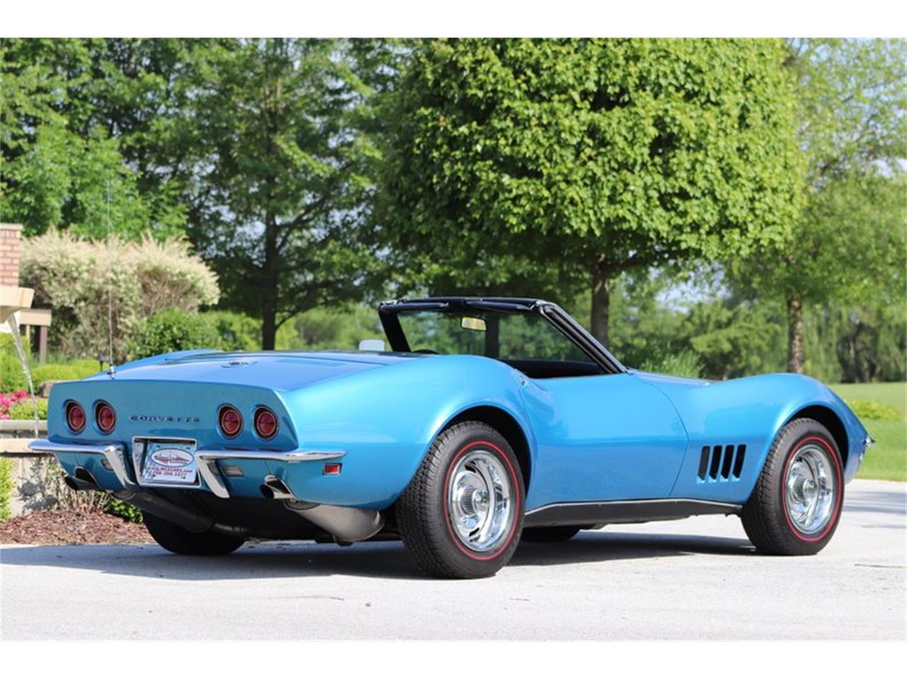 Large Picture of '68 Corvette - QEG0