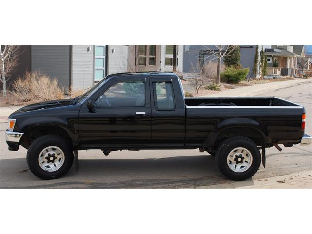 Picture of '92 Toyota Pickup located in Colorado Auction Vehicle Offered by  - QEGV