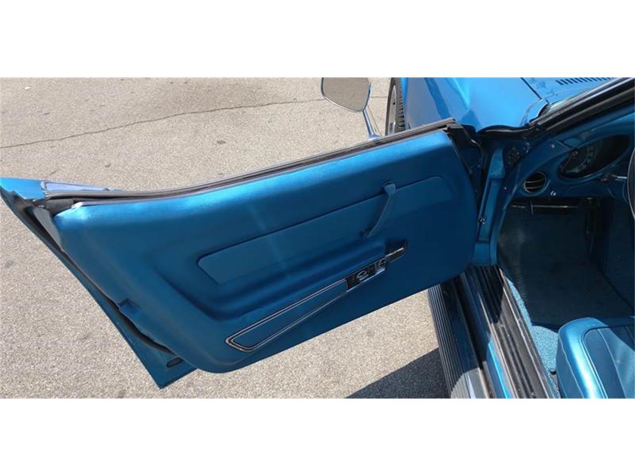 Large Picture of Classic 1969 Corvette Auction Vehicle - QEIM