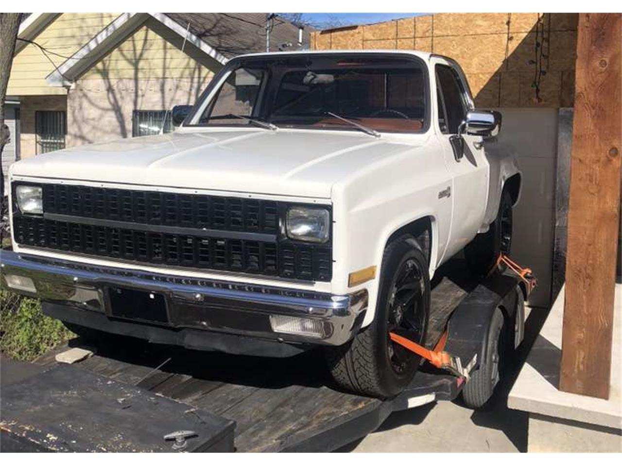 Large Picture of '82 Sierra - QEJ4