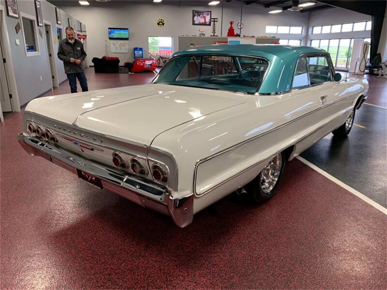 Large Picture of '64 Impala - QEJ5