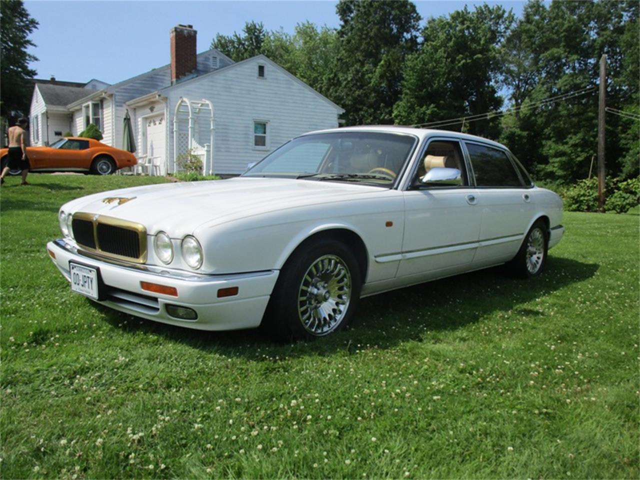 Large Picture of '96 XJ12 - QELT