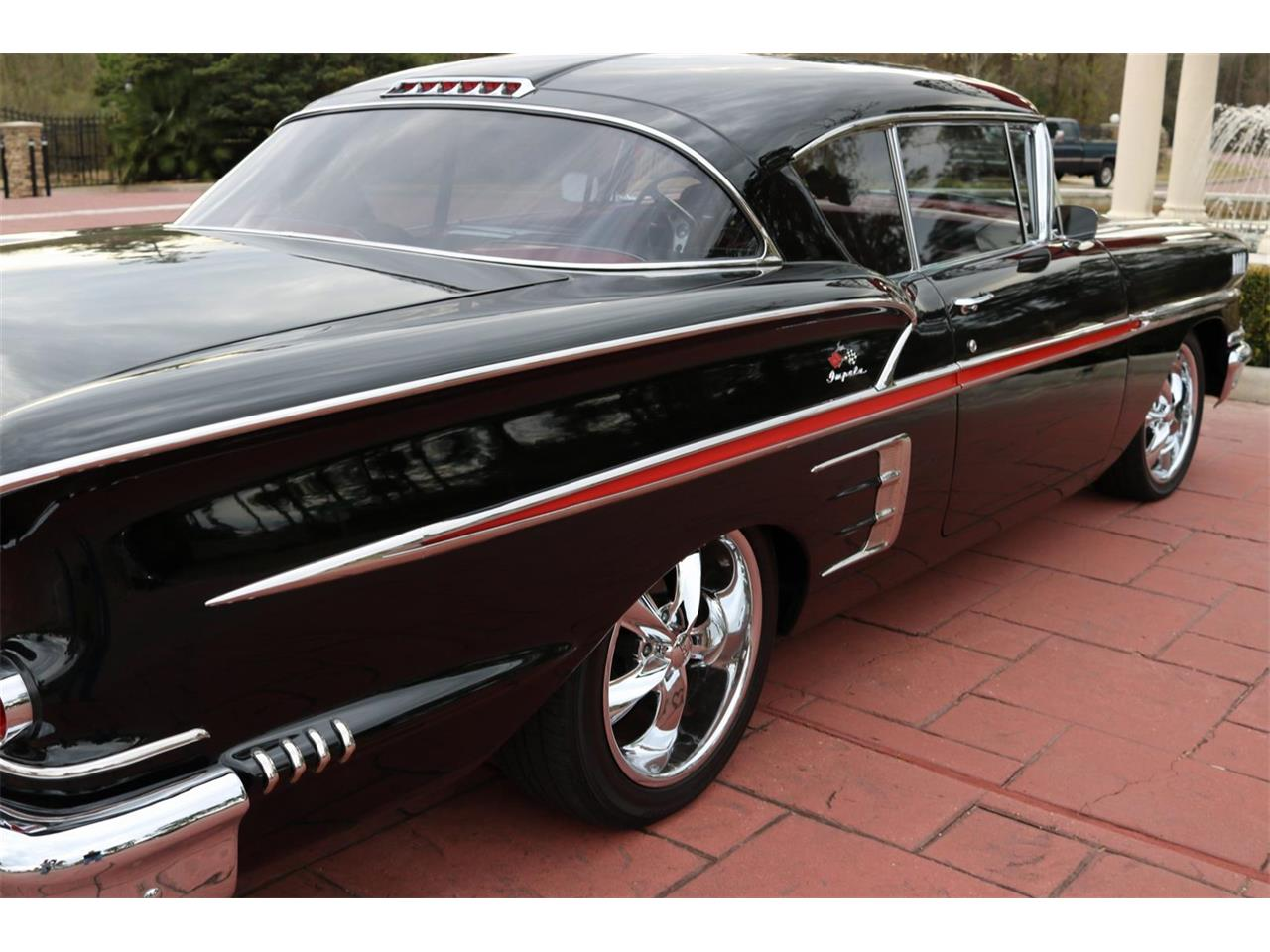 Large Picture of 1995 Impala located in Texas Offered by Texas Trucks and Classics - QELW