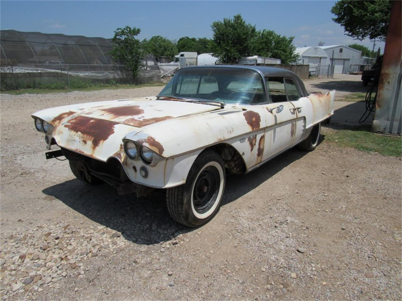 Large Picture of '57 Eldorado Brougham - QELY