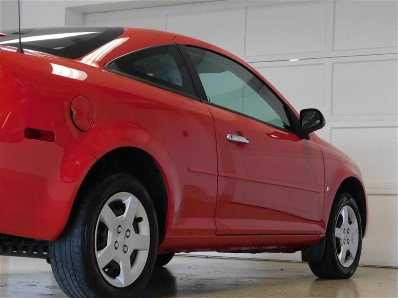 Large Picture of '07 Cobalt located in Hamburg New York Offered by Superior Auto Sales - QEMW