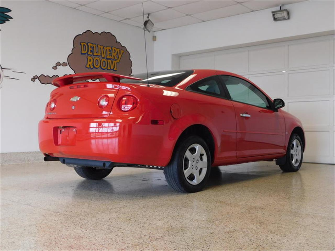 Large Picture of 2007 Chevrolet Cobalt located in Hamburg New York - $3,999.00 - QEMW