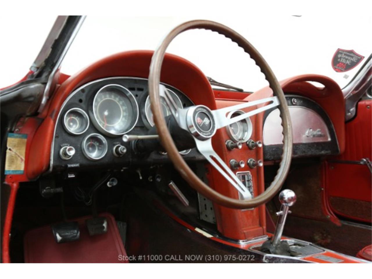 Large Picture of Classic '64 Corvette - QEND