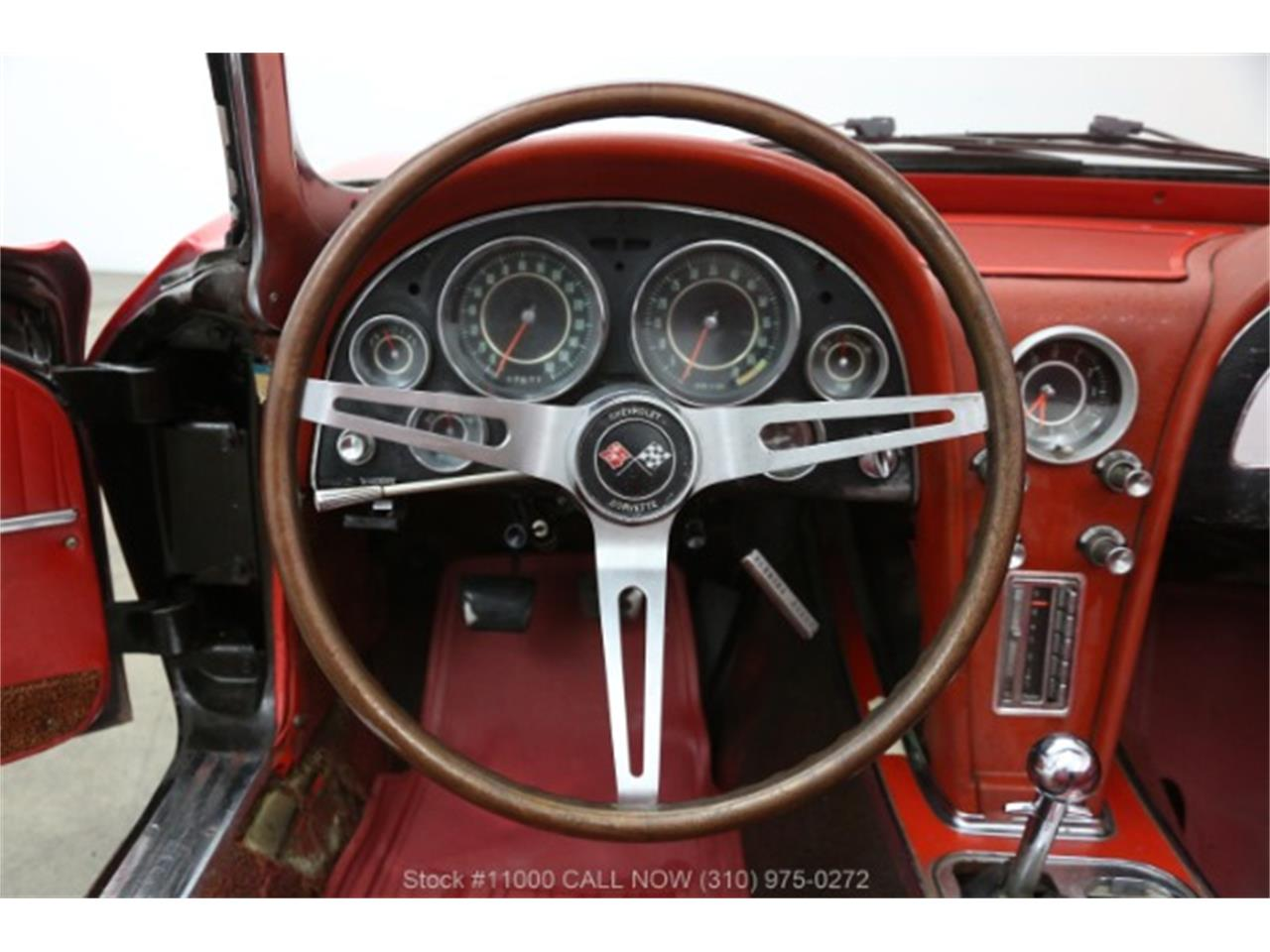 Large Picture of Classic 1964 Chevrolet Corvette located in Beverly Hills California - QEND