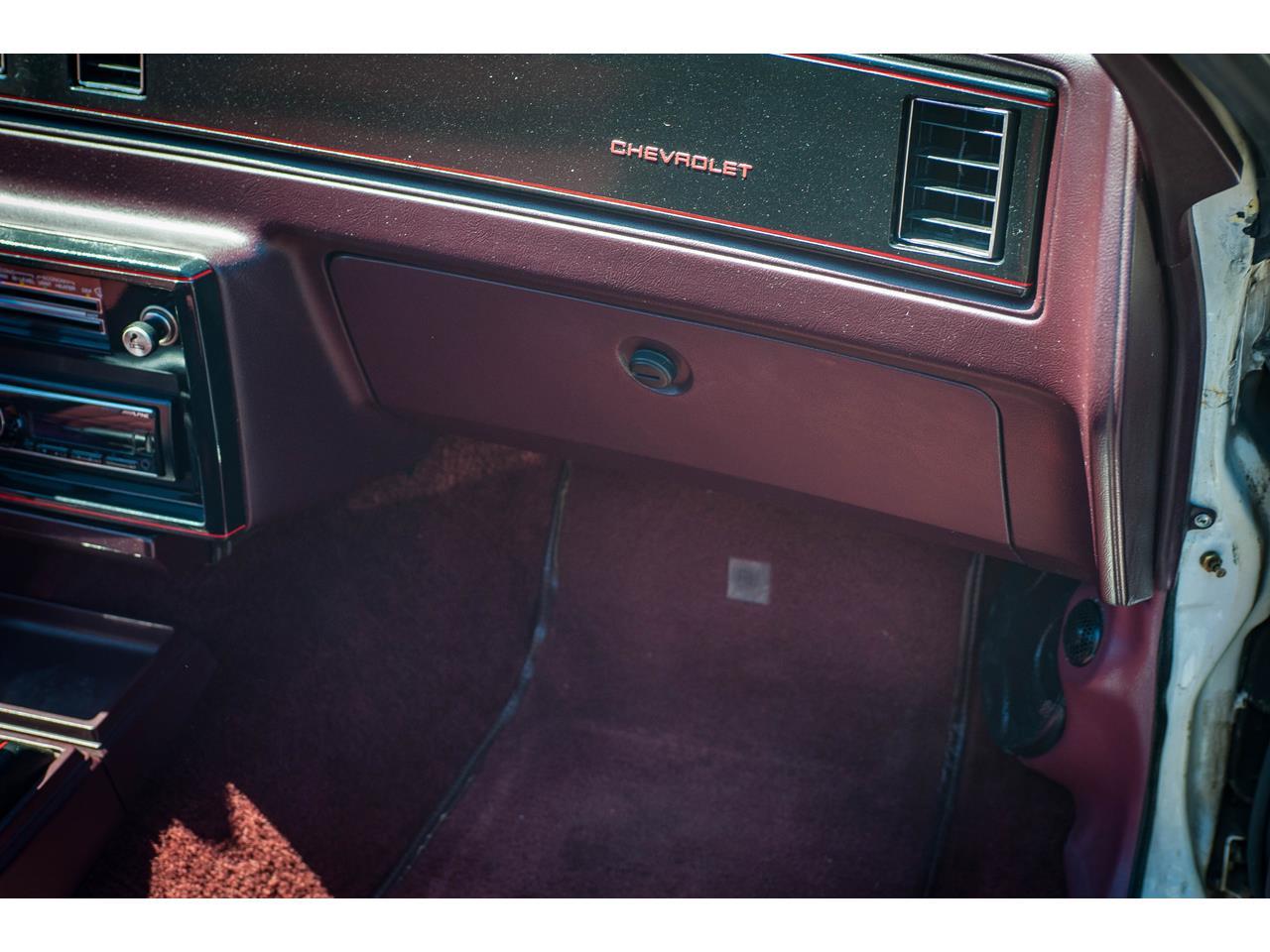 Large Picture of 1988 Chevrolet Monte Carlo located in O'Fallon Illinois - $21,000.00 - QENP