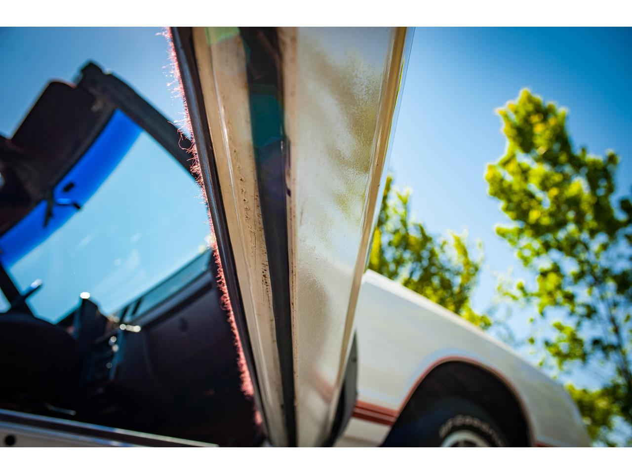 Large Picture of '88 Chevrolet Monte Carlo located in Illinois - QENP