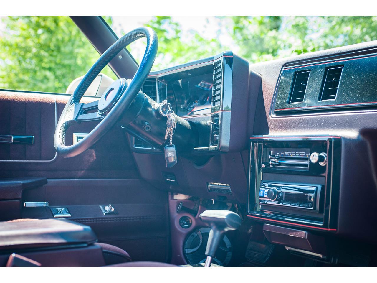 Large Picture of 1988 Chevrolet Monte Carlo located in O'Fallon Illinois - QENP