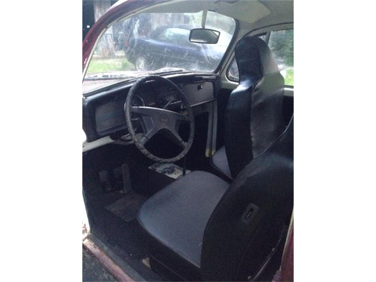 Large Picture of Classic '72 Volkswagen Super Beetle located in Michigan Offered by Classic Car Deals - QERG