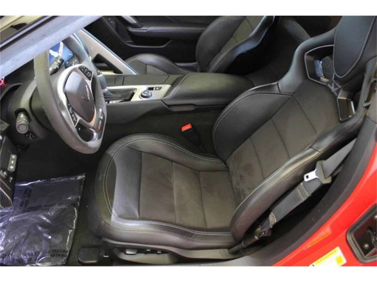 Large Picture of '18 Chevrolet Corvette located in California - QET0