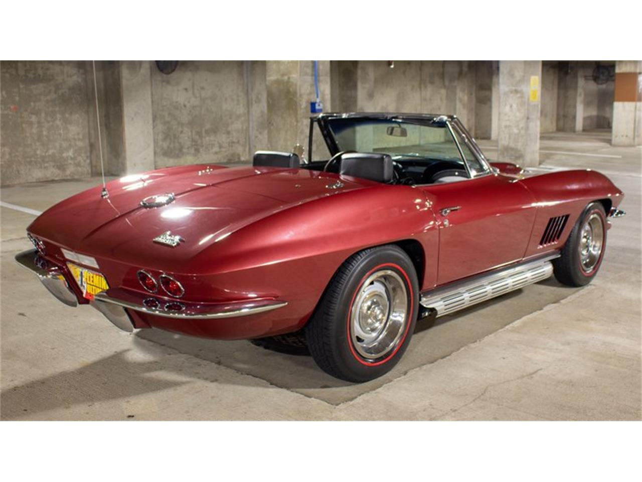 Large Picture of '67 Corvette located in Rockville Maryland - QETF