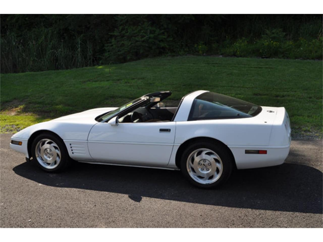 Large Picture of 1994 Chevrolet Corvette - $12,999.00 Offered by Prestige Motor Car Co. - QETU