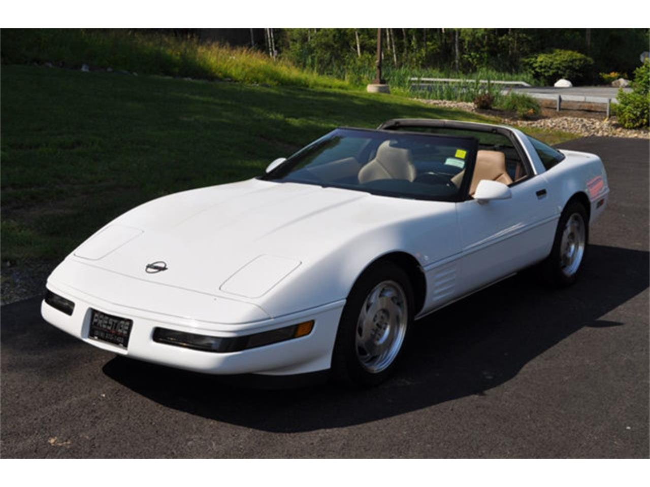 Large Picture of 1994 Corvette located in Clifton Park New York - $12,999.00 Offered by Prestige Motor Car Co. - QETU