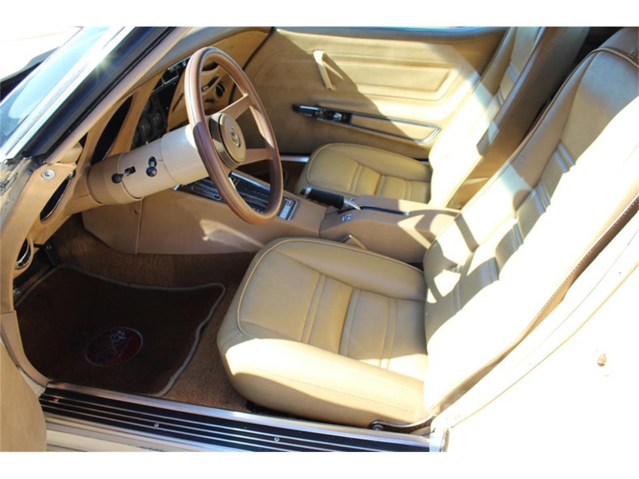 Large Picture of '76 Corvette located in Florida - QD92