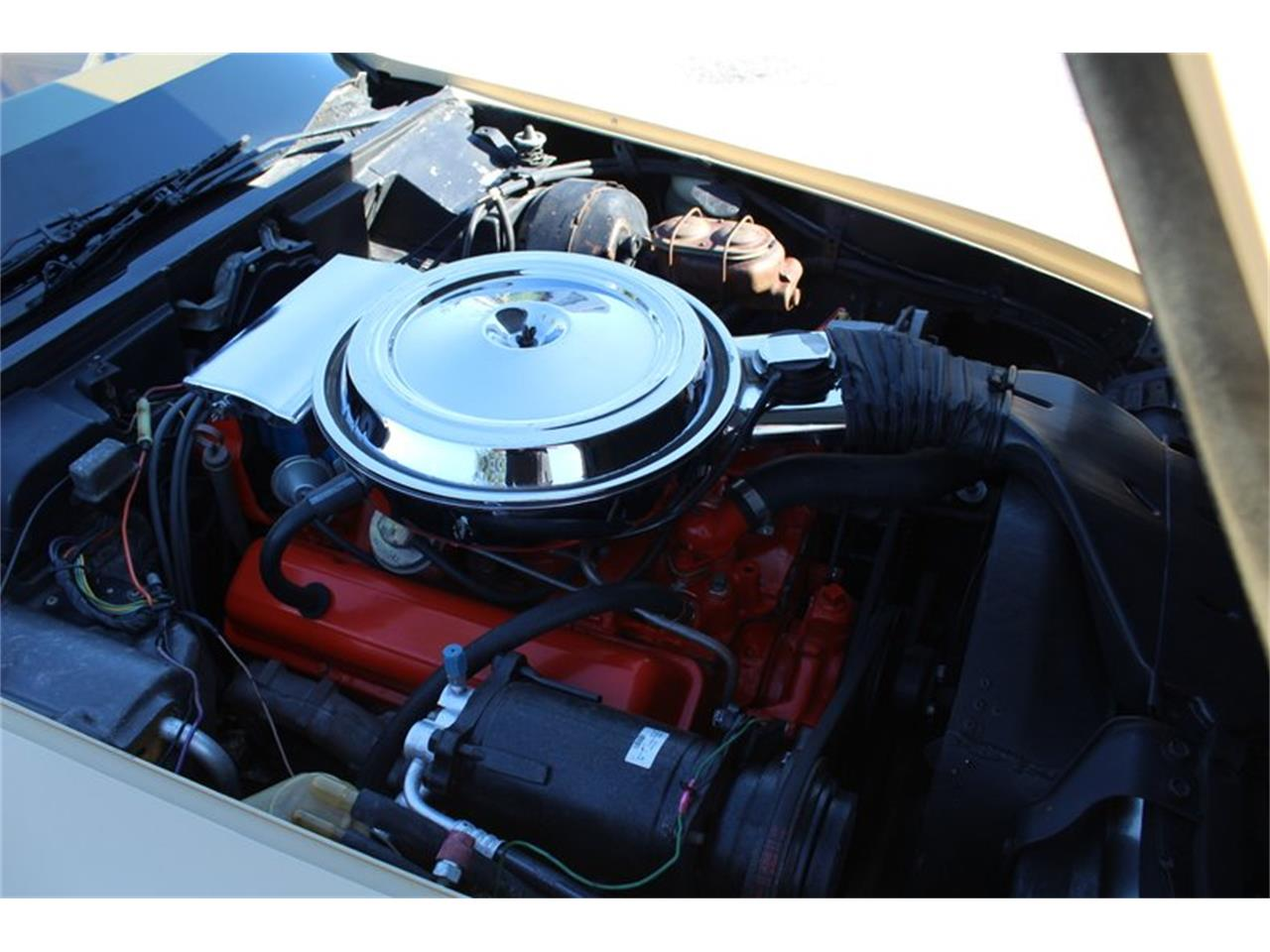 Large Picture of '76 Chevrolet Corvette located in Sarasota Florida Offered by Classic Cars of Sarasota - QD92