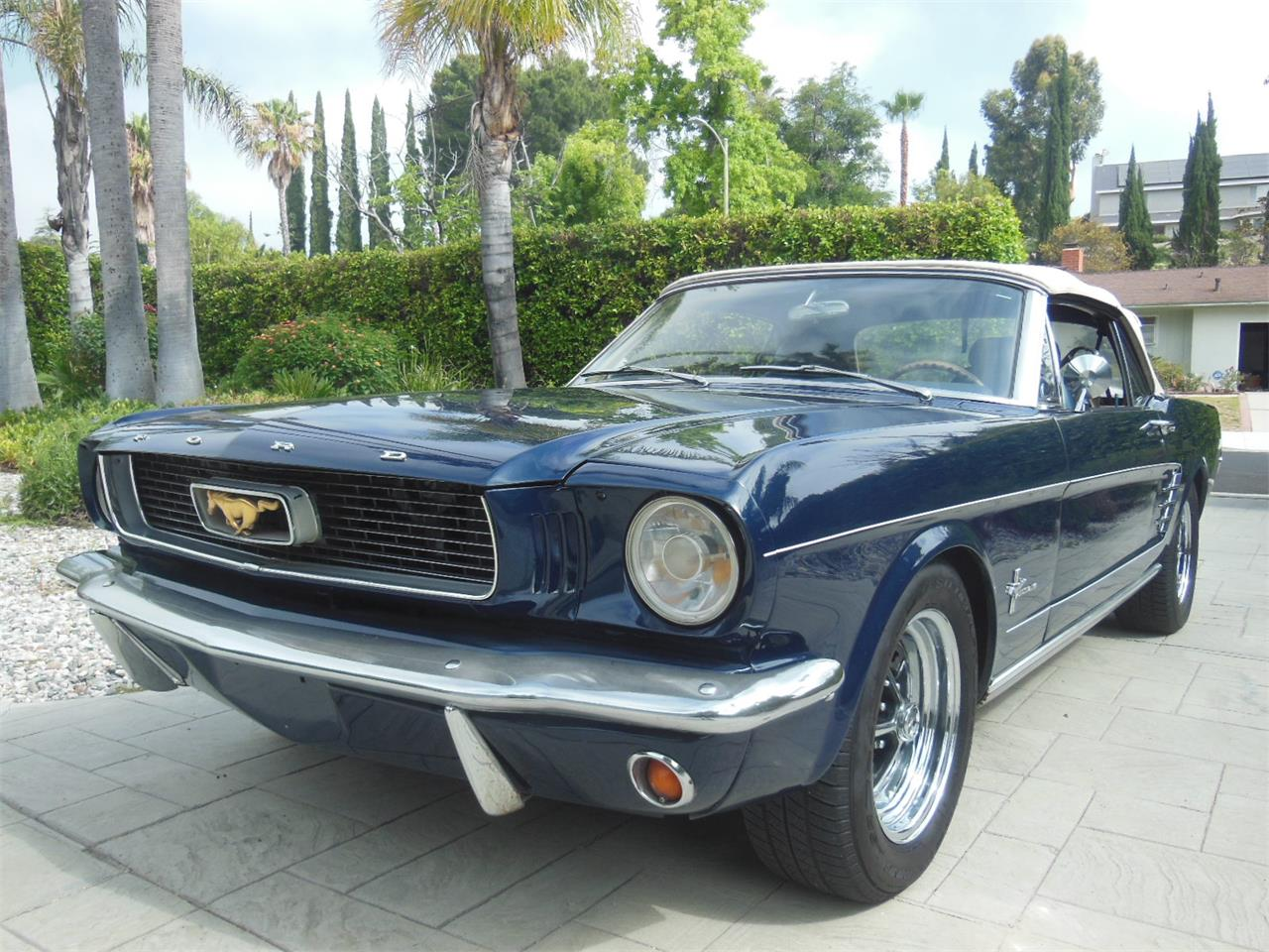 Large Picture of Classic 1966 Mustang - QEXU
