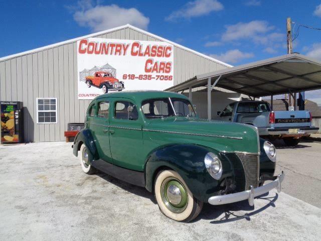 1940 Ford 4-Dr Sedan