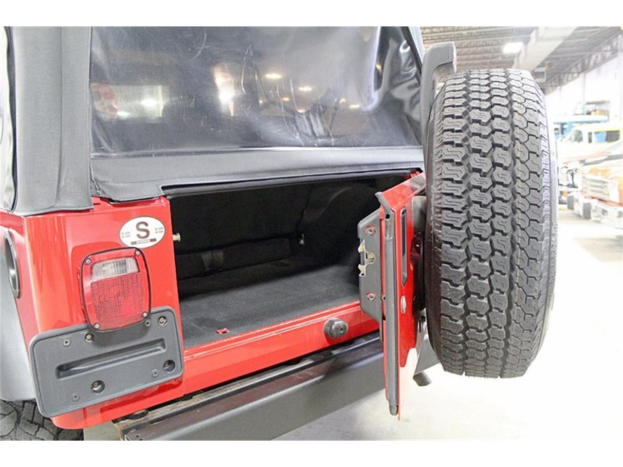 Large Picture of '06 Jeep Wrangler - $12,900.00 Offered by GR Auto Gallery - QF7K