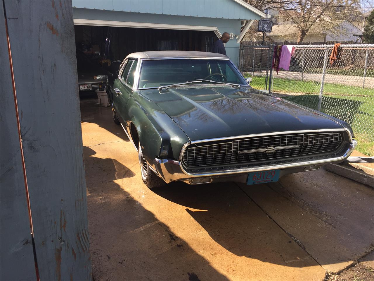 Large Picture of '67 Thunderbird - QFE6