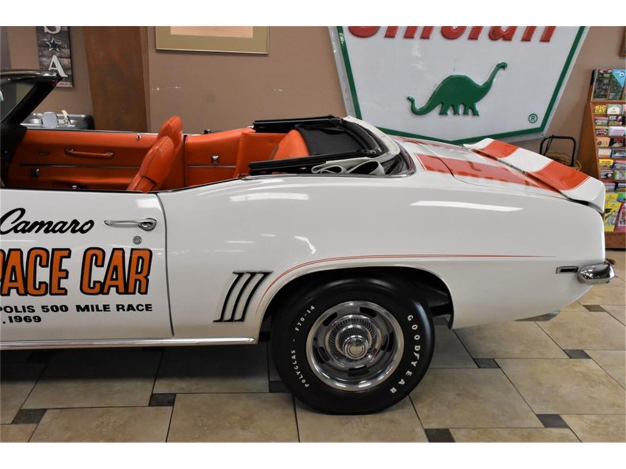 Large Picture of '69 Camaro - QFGC