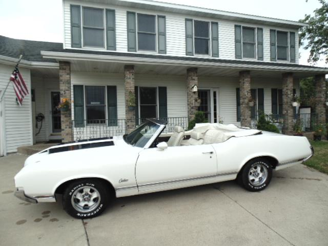 Picture of Classic 1970 Oldsmobile Cutlass located in Minnesota - $14,999.00 - QFMB