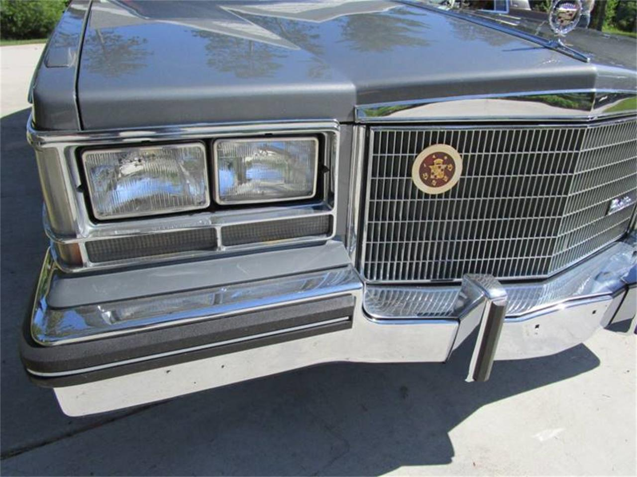 Large Picture of '85 Seville - QFNT