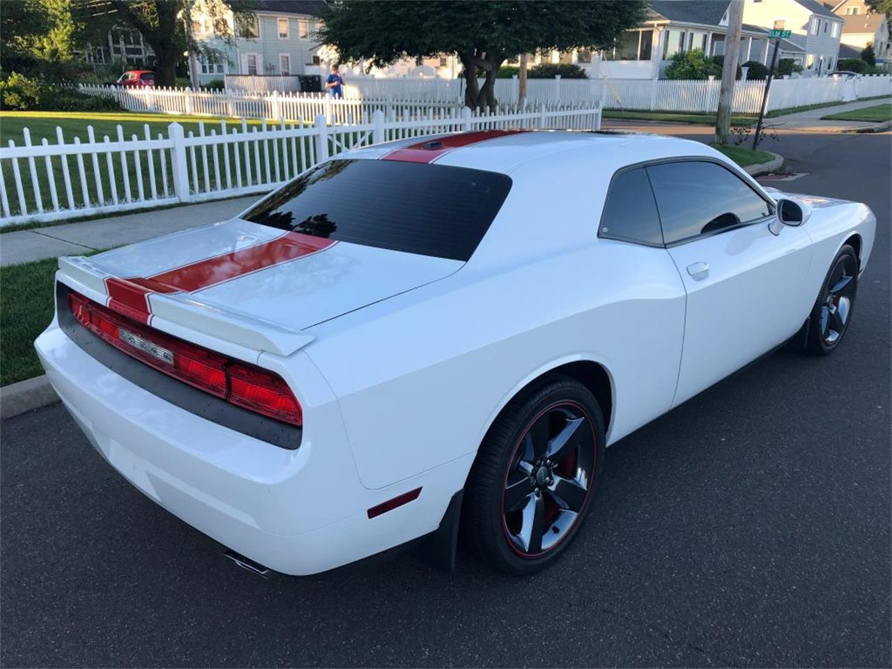 Large Picture of 2012 Dodge Challenger located in Connecticut Offered by Napoli Classics - QFO0