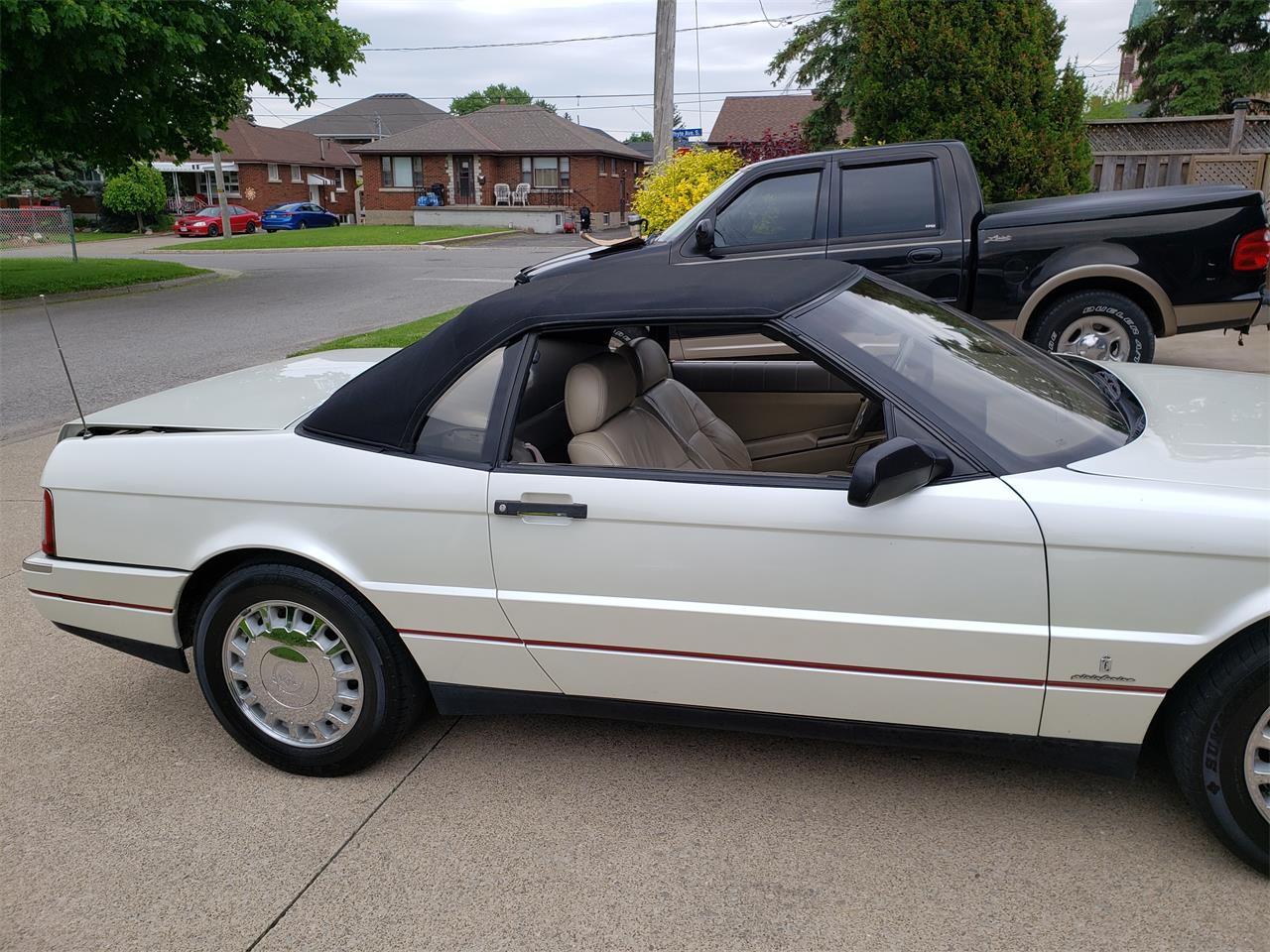 Large Picture of 1993 Allante located in St.Catharines Ontario - $11,500.00 Offered by a Private Seller - QFSM