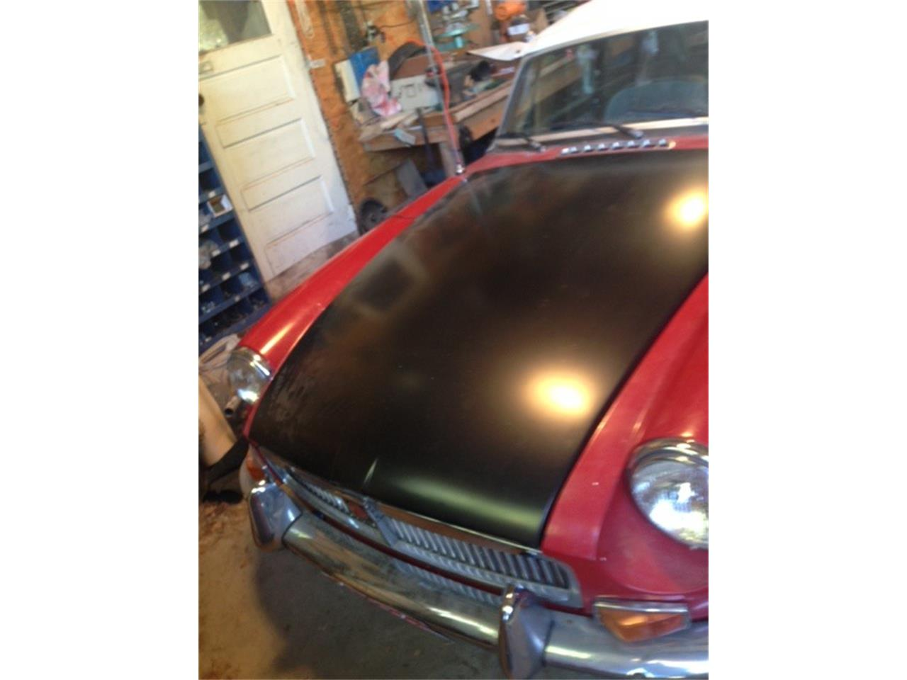 Large Picture of '69 MGB - QFT1