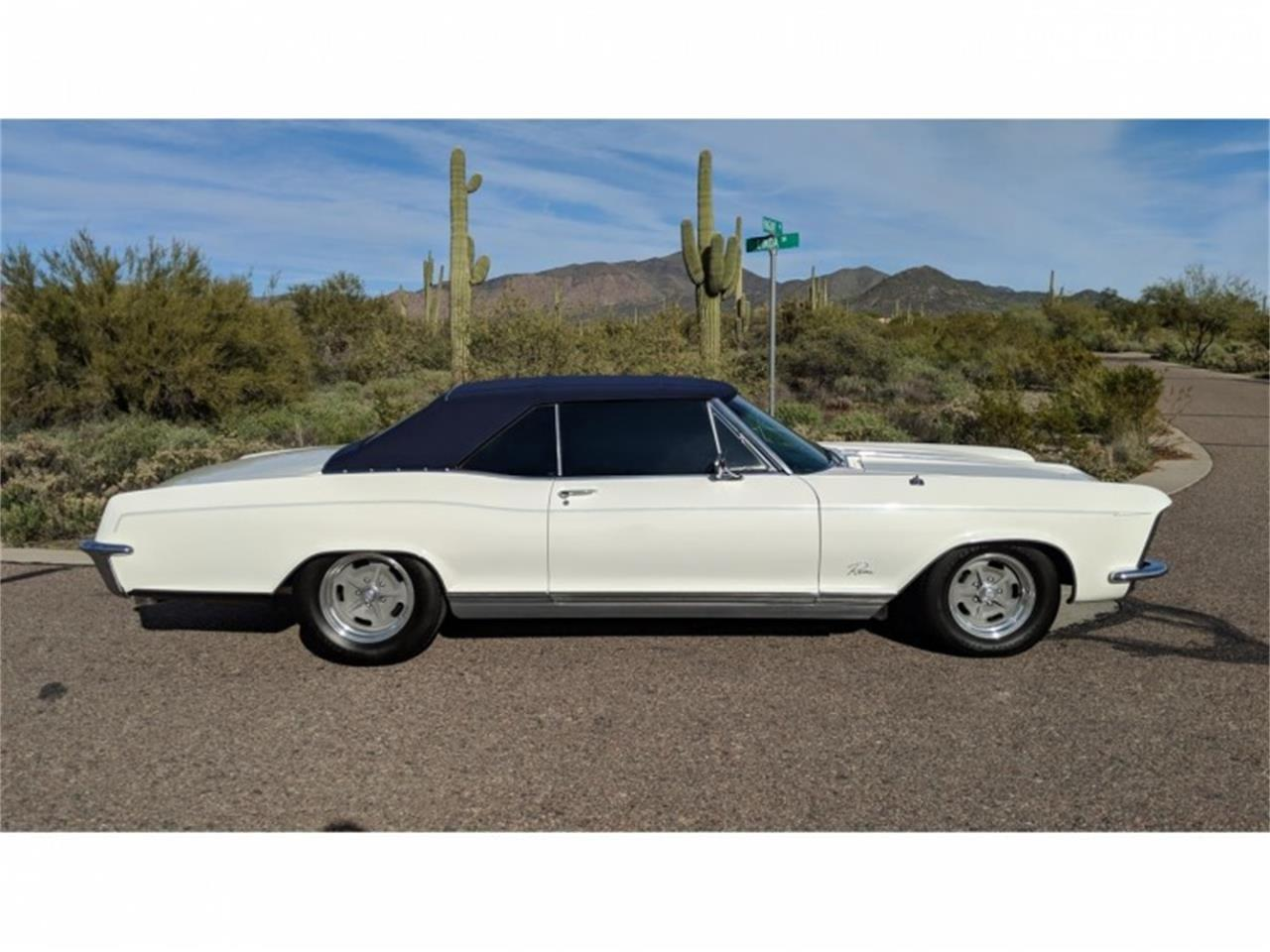 Large Picture of '65 Riviera - QFTZ