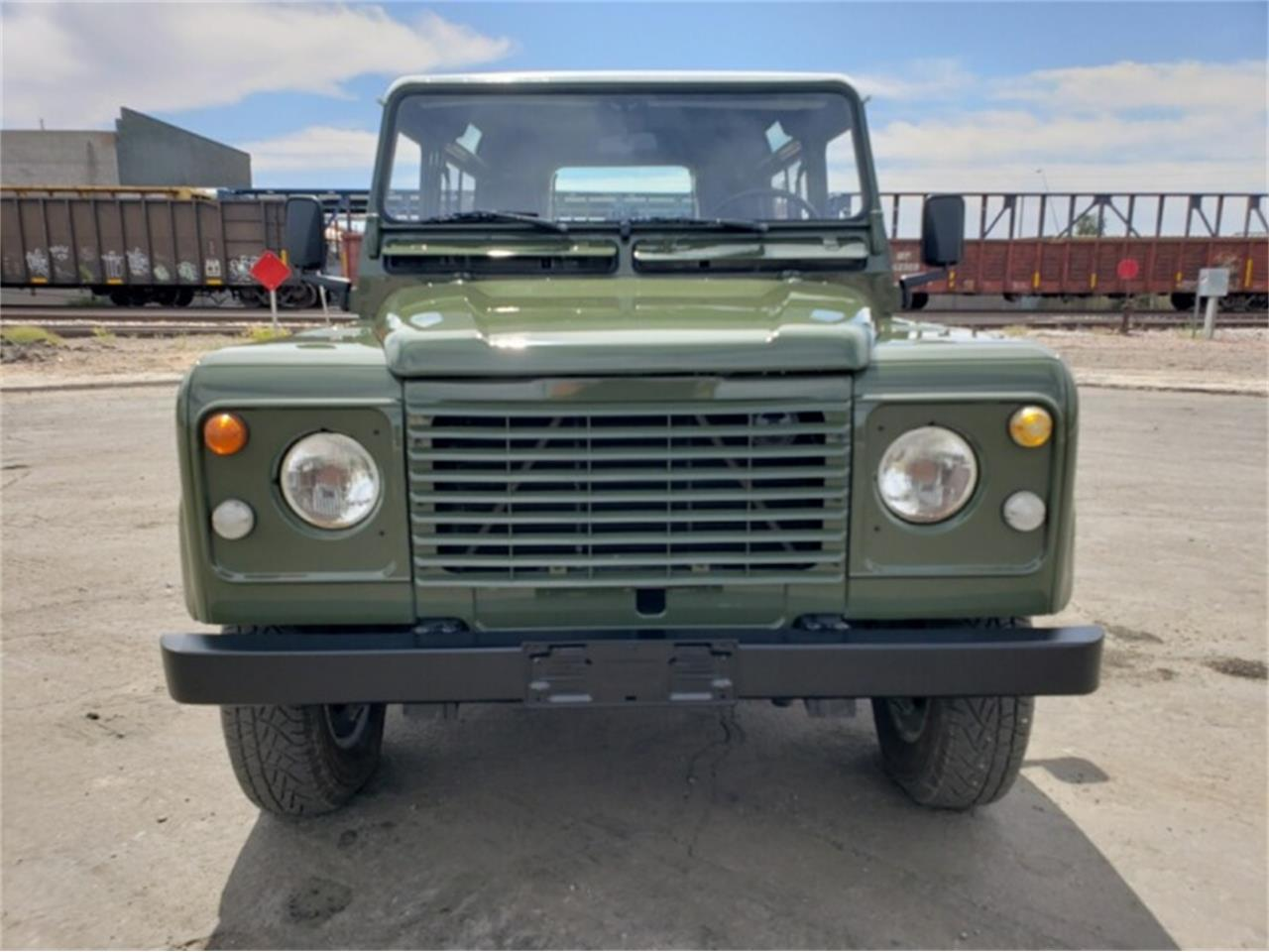 Large Picture of '89 Defender - QFU4